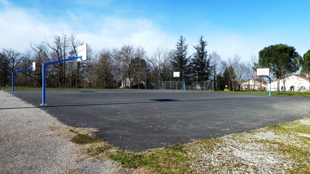 Terrains de basket extérieurs